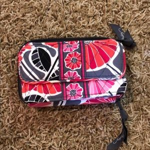 "Vera Bradley ""all in one"" crossbody"